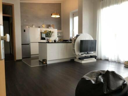 Kornwestheim - Traum Dachgeschoss Penthouse Wohnung in bester Lage Kapitalanleger 3,2% Zins p.a