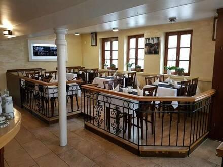 Landau in der Pfalz - Restaurant in älteste Fachwerkhäus in Zentrum von Landau