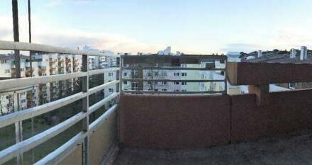 Augsburg - Vollständig sanierte 2-Zimmer-Penthouse-Wohnung nähe Uni