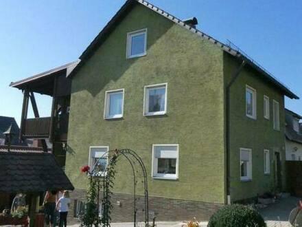 Poppenricht - Doppelhaushälfte für zwei Familien in 92284 Poppenricht