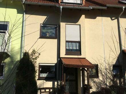 Wiesloch - Gepflegtes Reihenhaus in zentraler, idyllischer Wohngegend in Wiesloch