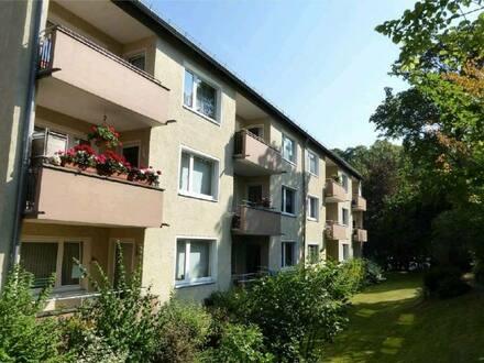 Hof - 2 Zimmer-Wohnung mit Balkon EBK Keller- u. Dachbodenabteil