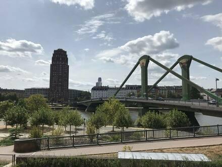 Frankfurt am Main - VON PRIVAT: Erste Reihe Main mit Klimaanlage Riverside Apartment with Aircon