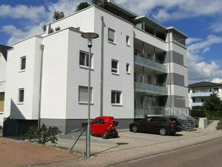 Sinsheim - Neuwertige Top 3 Zimmer-Wohnung