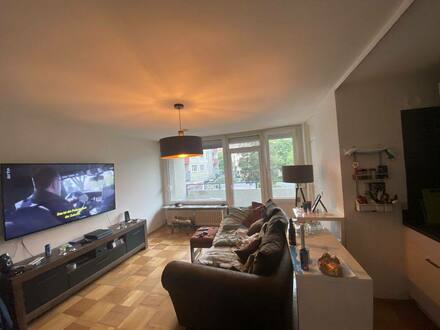 Bayreuth (City) - (PROVISIONSFREI!) Gepflegte und zentrale Wohnung mit 1,5 Zimmern sowie Balkon und Tiefgarage