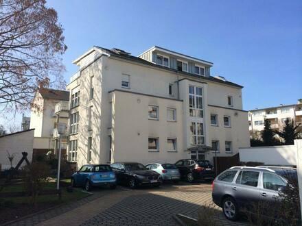 Main-Taunus-Kreis - Exklusive, gepflegte 2,5-Zimmer-Maisonette-Wohnung mit Balkon und Einbauküche direkt vor Frankfurt