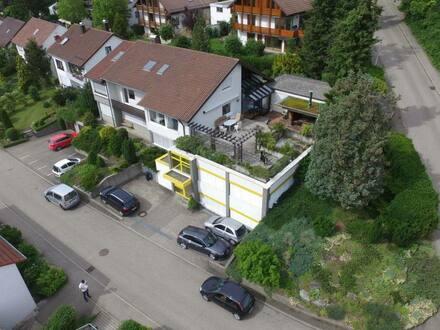 Aalen-Unterkochen - 530 qm WohnNutzfläche auf 1.141 qm Grundstück (Wohnhaus mit Büroräumen)