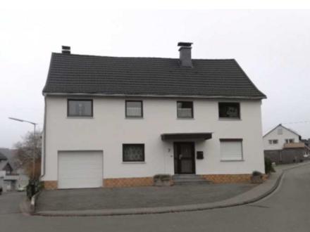 Burbach - Freistehendes Einfamilienhaus in ruhiger Lage