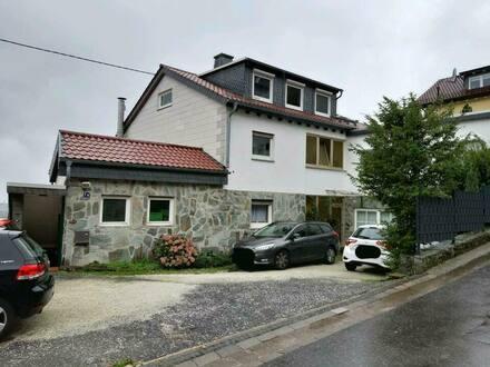 Kelkheim - 5-Zimmer Wohnung zum Kauf -renovierungsbedürftig-