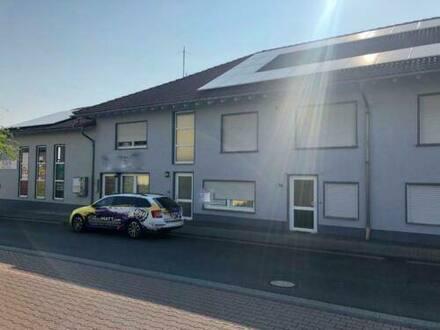 Butzbach - Mehrfamilienhaus mit Wohnungen und Büros