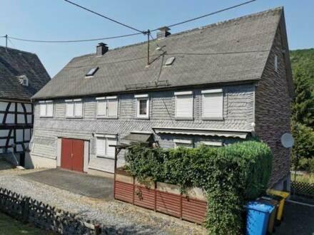 Neunkirchen Siegerland - Einfamilienhaus in zentraler Ortsmitte von Struthütten