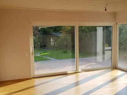 Nordenham - 4,5 Zimmer Erdgeschosswohnung mit Garten in Nordenham von Privat zu verk.