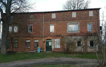 Linstow - großes Grundstück mit Altbebauung provisionsfrei zu Verkaufen