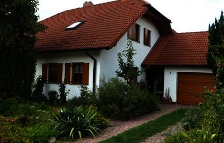 Königshain bei Görlitz - Modernes, anspruchsvolles Einfamilienhaus,Kamin, Keller,Garage