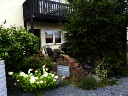 Dahlem - Zweifamilienhaus