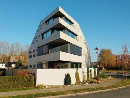 Rostock - Haus Futurarc 1 - Einmalige Wohung mit Garten in Strandnähe