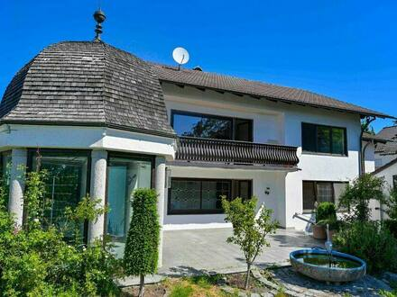 Geisenfeld - Privatverkauf: Stilvolles massivgebautes Dreifamilienhaus