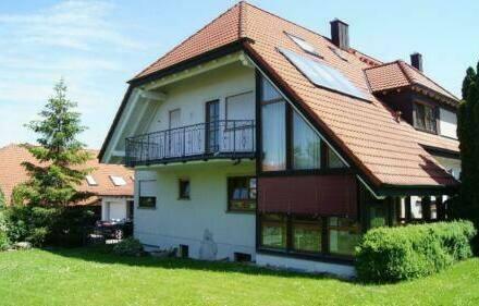 Nordheim am Main - represäntatives Landhaus mit Garten - provisionsfrei