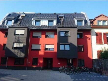 Mannheim - Bude im Jungbusch mit Gemeinschaftsraum sucht Nachschub
