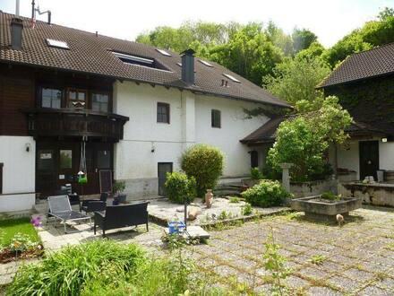 Fürstenzell- Engertsham - Individuelle 2ZKB in einem ehemaligen Vierseithof