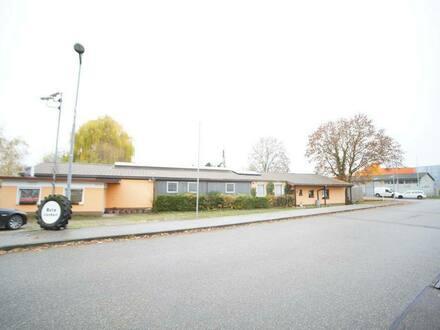 Herbolzheim - Wohnhaus, Halle und KFZ Werkstatt auf 2.250 m² Grundstück