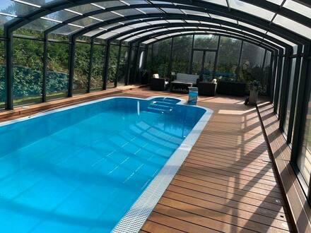 Potsdam - Ein tolles Haus mit zentraler Klimaanlage und beheizten Pool mit
