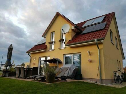 Vohburg an der Donau - Einfamilienhaus mit hochwertige Ausstattung und gepflegter Garten