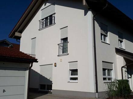 Deisenhofen - Schönes, geräumiges Haus mit fünf Zimmern in München (Kreis), Oberhaching in Bestlage