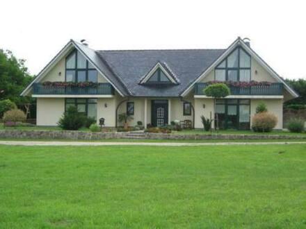 Parchim - Sternberg - Schönes Einfamilienhaus mit Einliegerwohnung zum Wohlfühlen