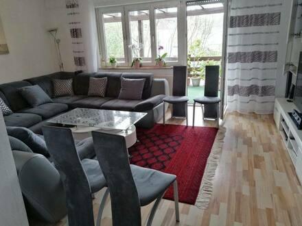 Ingolstadt - Gepflegte 4-Zimmer-Wohnung mit Balkon und Einbauküche in Ingolstadt