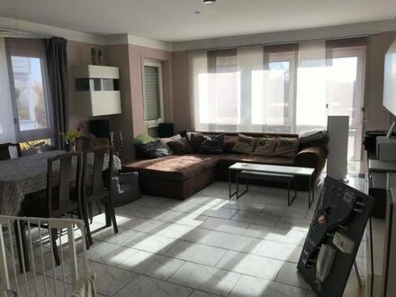 Aschaffenburg/Obernau - Exklusive, sanierte 3-Zimmer-Wohnung mit Balkon und EBK in AschaffenburgObernau