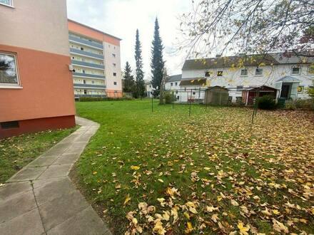 Lübeck - Eigentumswohnung 1Zimmer+3Zimmer+Garage in Lübeck von Privat