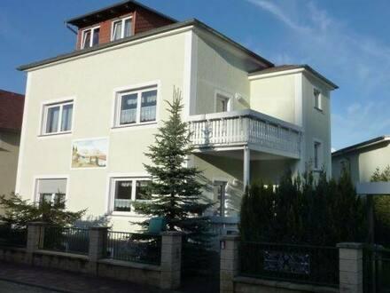 Wermsdorf - Schöne 2-Raum-Wohnung 77 m² mit Einbauküche und großem Balkon in Wermsdorf