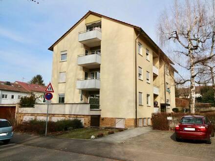 Backnang - Gemütliche 2,5-Zimmer-DG-Wohnung mit Südbalkon und eigenem Gartenanteil