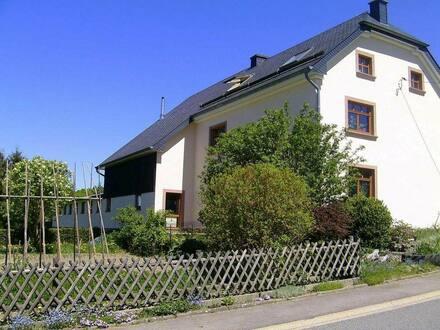 Bleialf - Kleiner Bauernhof mit Nebengebäuden auf großem Grundstück!!!