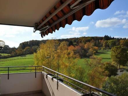 Friedrichsdorf - Helle, renovierte 3-Zimmer-Wohnung mit Balkon in Friedrichsdorf-Köppern