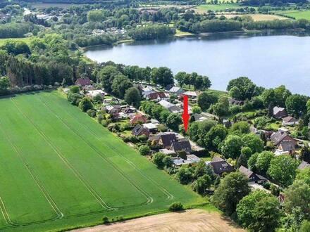 Bornhöved - Feldrandlage & Seenähe - Einfamilienhaus mit Einliegerwohnung