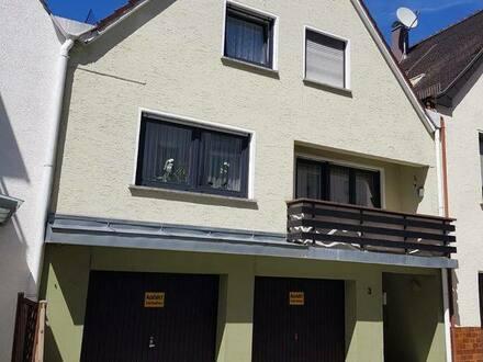 Bopfingen - Ein- bis Zweifamilienhaus mitten in der Stadt inkl. 2 Garagen