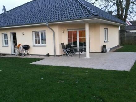 Brieselang - Schönes, geräumiges Haus mit vier Zimmern in Havelland (Kreis), Brieselang