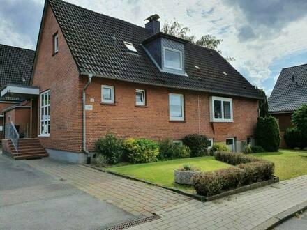 Kreis Ostholstein - Scharbeutz - Ansprechendes Haus mit 2 Einliegerwohnungen zu verkaufen