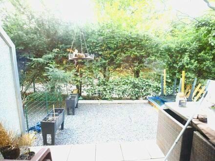 Mönchengladbach - Preiswerte, gepflegte 2-Zimmer-Terrassenwohnung mit Balkon in Mönchengladbach