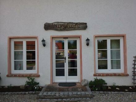 Burgrieden - Stilvoll teilrenovierte Hofstelle im Bieterverfahren