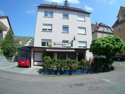 Esslingen am Neckar - 3 Familienhaus mit Gaststätte in Esslingen-Mettingen, Halberstr.11
