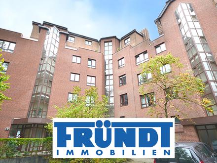 Exklusives Apartment, kompl. möbliert u. ausgestattet in 1A-Wohnlage! Erstbezug nach Modernisierung!