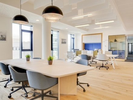 Servicierte Bürofläche zu mieten!