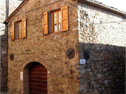 Eigentums-Wohnung in Belfort Italien-Toscana Nähe Siena 40 km vom Meer entfernt