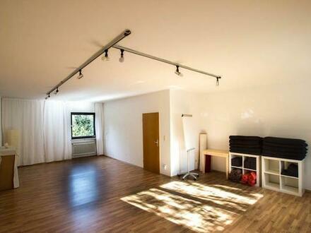 Ruhiger, schöner Yoga-Raum in Laim