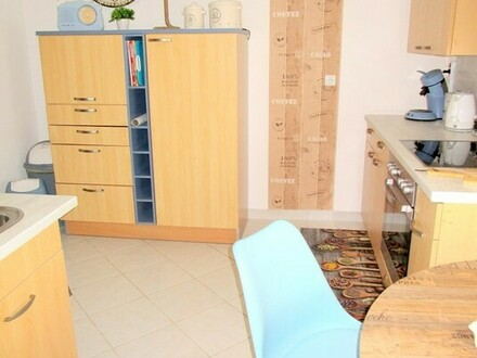 Sehr geschmackvoll eingerichtete <br/> 5- Zimmer-Wohnung in ER-Frauenaurach