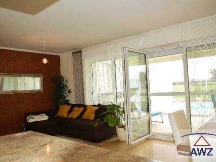 EIN SCHMUCKSTÜCK! Traumhaftes Haus mit POOL und sehr viel Luxus in wunderschöner Lage!