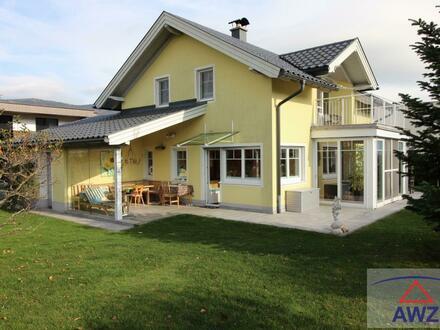 TRAUMLAGE - Neuwertiges Einfamilienhaus mit Rückmiete oder Wohnrecht des Verkäufers zu erwerben !